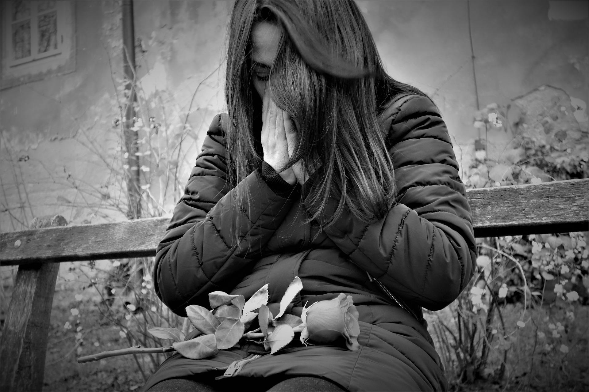 Как забыть человека и перестать думать о нем после расставания