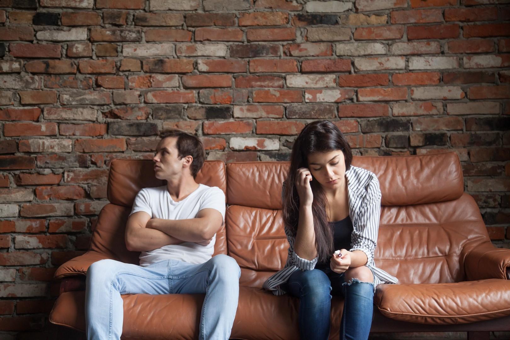 Кто изменяет чаще - женщины или мужчины: отловили и спросили