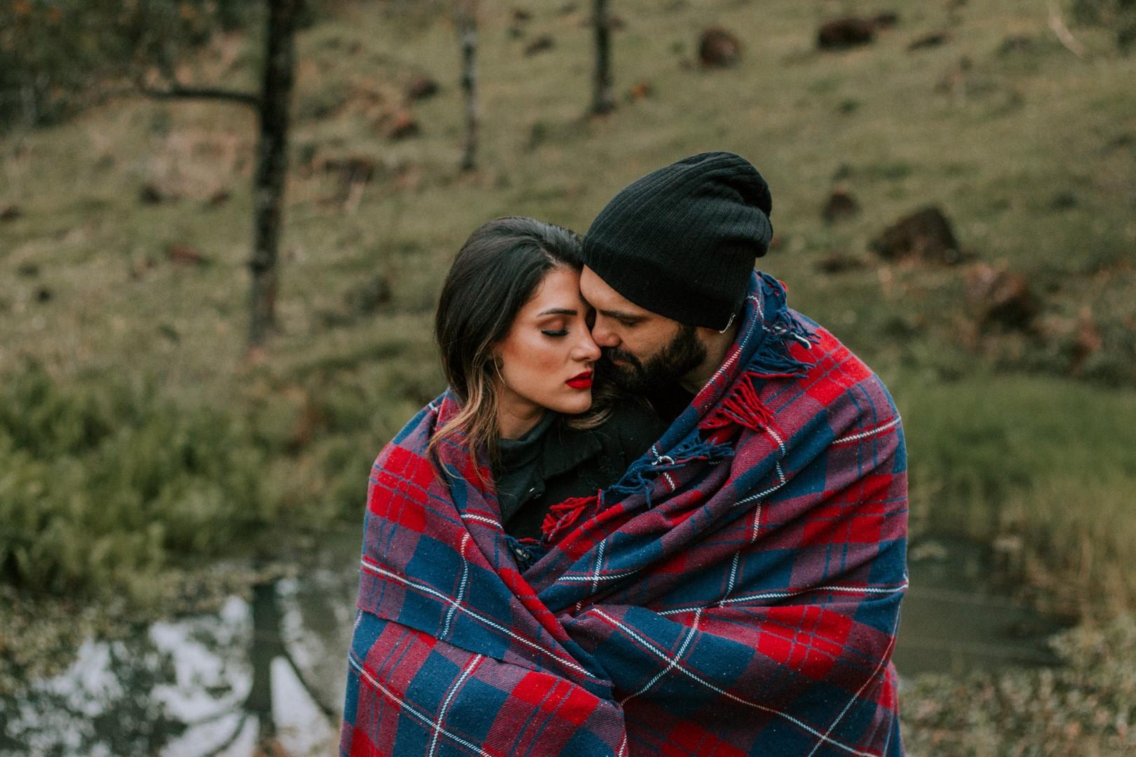 Как понять, что мужчина или парень тебя любит: 100% признаки