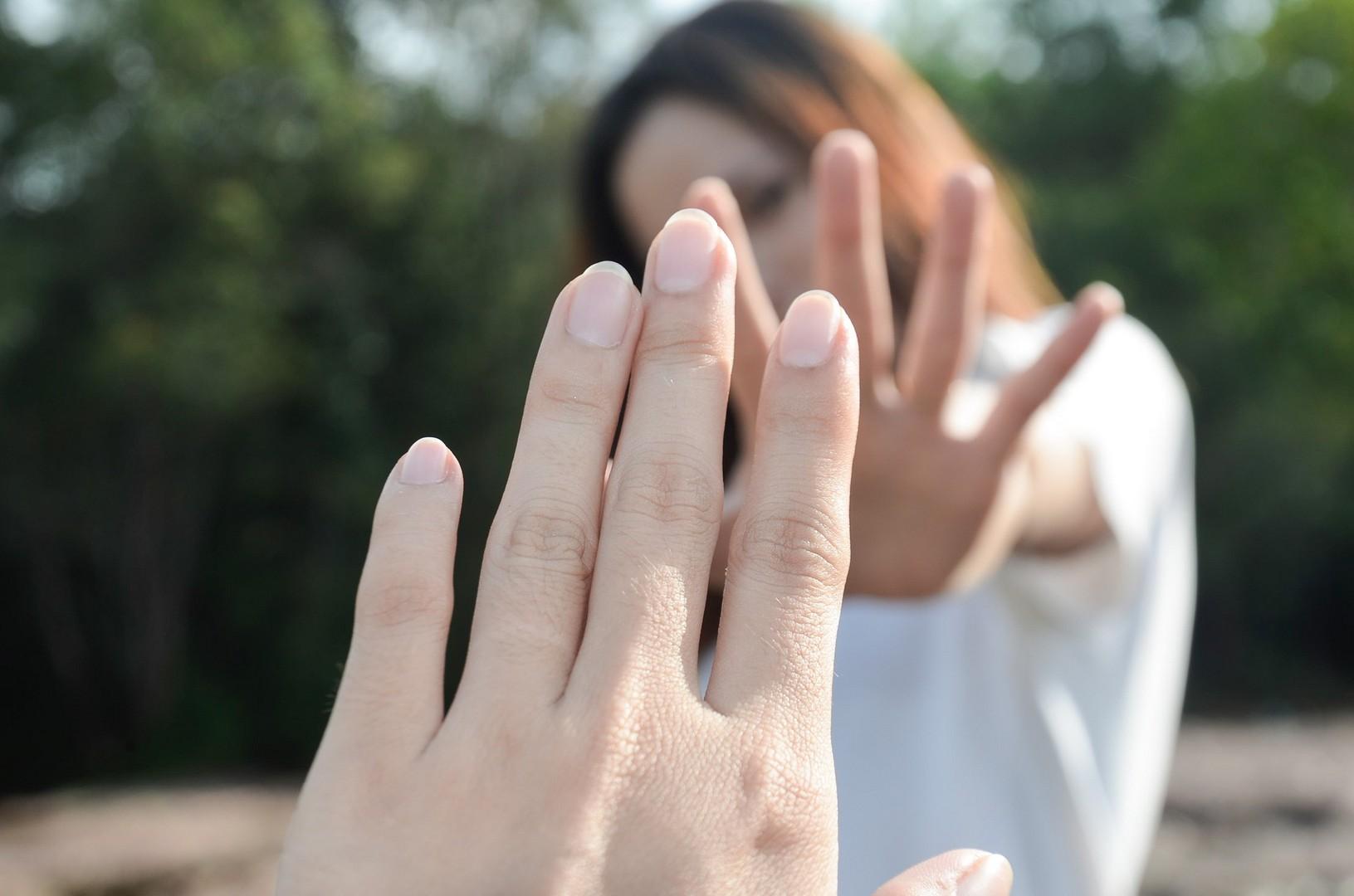 Как отпустить любимого человека: от психологии до медитации