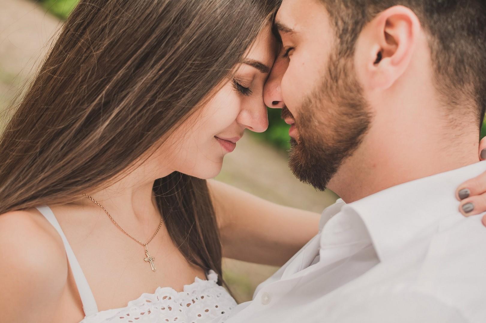 Как понять, что я влюбилась: 5 признаков и отличие от других чувств