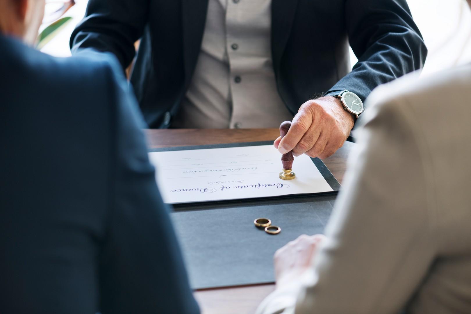 С чего начать развод с мужем: нюансы бракоразводного процесса