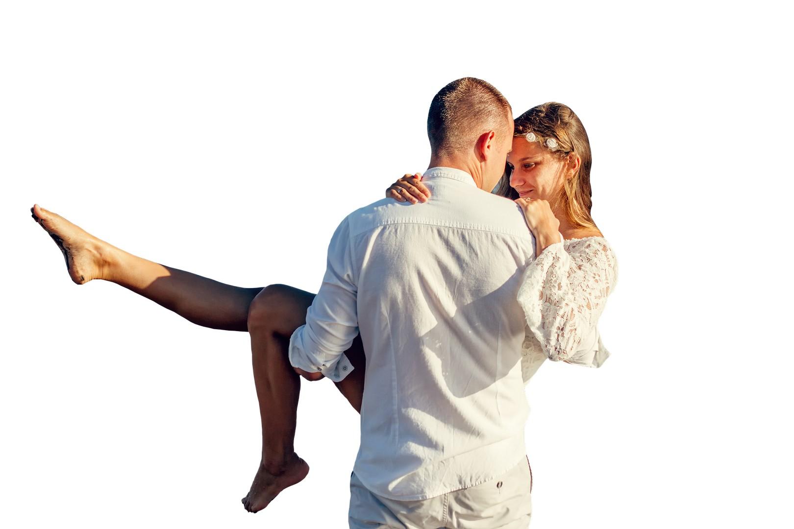Как узнать, любит ли тебя парень: проявления любви и чувств