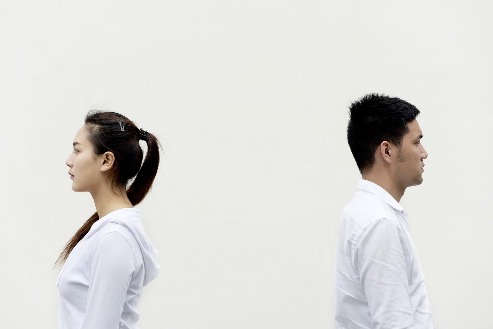 Муж постоянно унижает и оскорбляет: 7 причин и решение проблемы