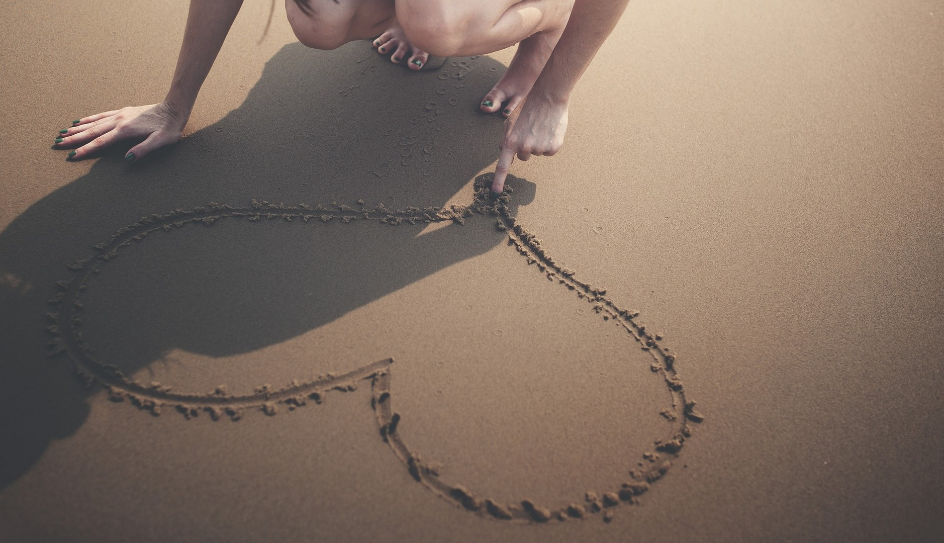 Как доказать парню, что любишь его: слова, поступки, оригинальность