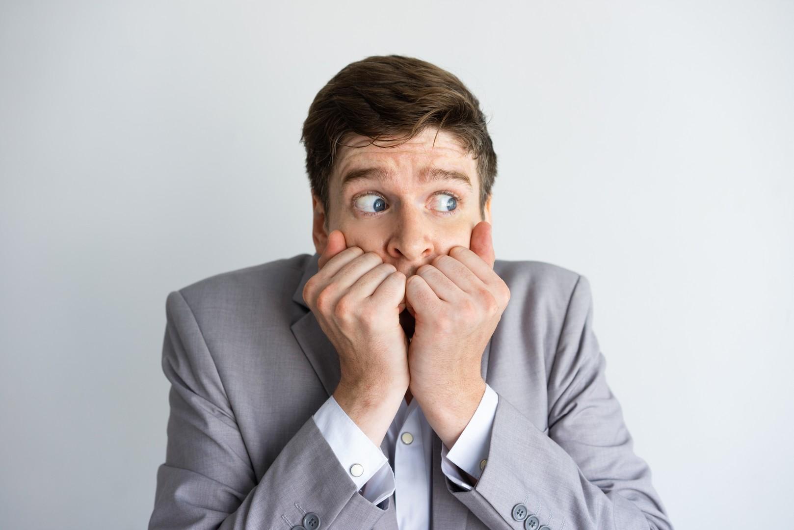 12 причин, почему мужчина боится женщину, в которую влюблен