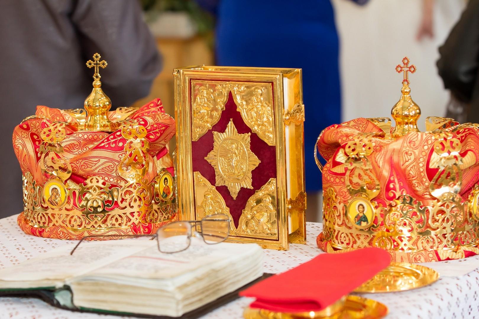 Можно ли обвенчаться без регистрации брака в ЗАГСе: религия или закон?