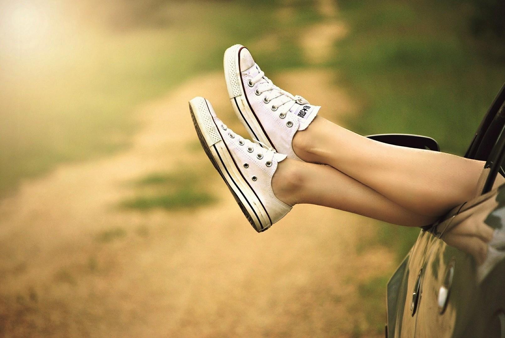 Если я думаю о человеке, думает ли он обо мне: 11 признаков узнать что он о тебе думает
