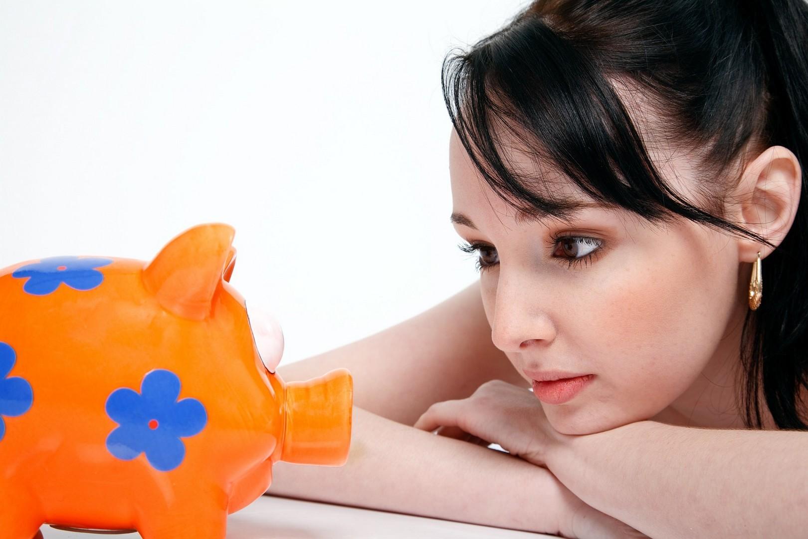 Размер алиментов на жену и ребенка: как осуществляются выплаты