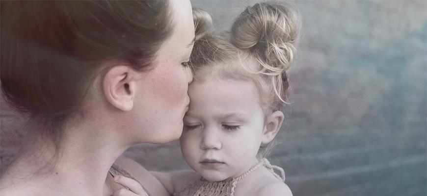 Можно ли поменять фамилию ребенку без согласия отца после развода
