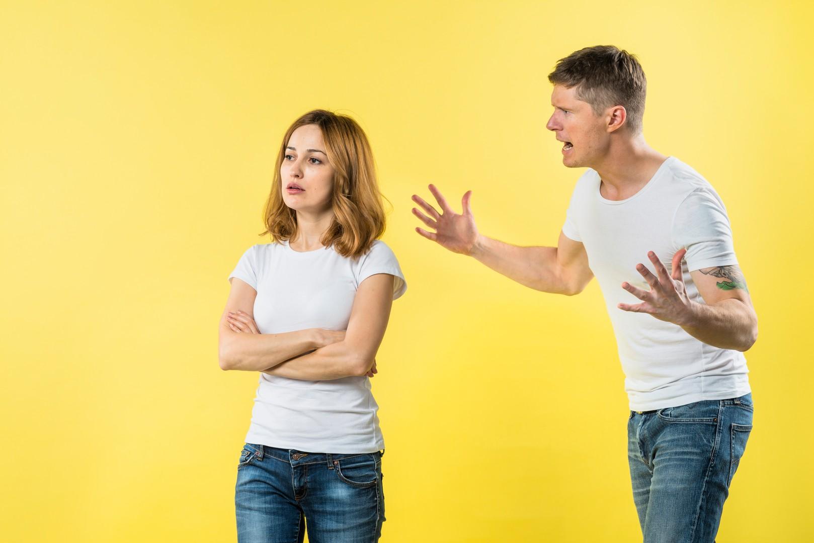 Муж постоянно орет и всем недоволен: совет психолога  от Plachu.Net