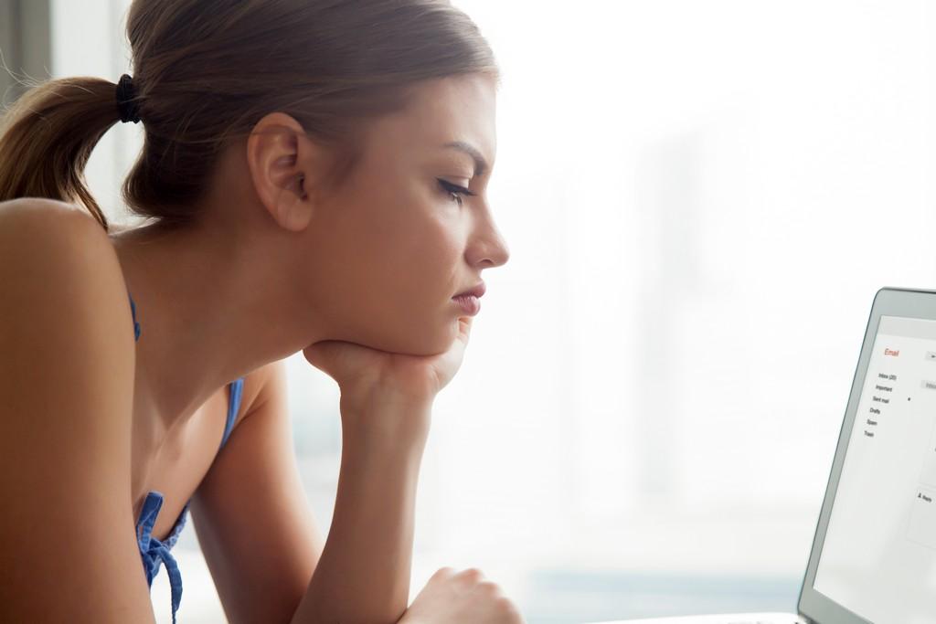 Как себя вести, если мужчина перестал звонить и писать: 7 советов от психолога