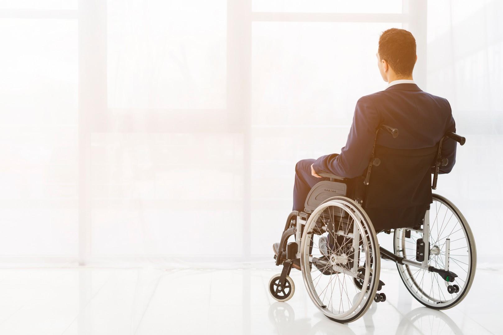 Алименты ребенку инвалиду при разводе: мнение юриста и условия получения