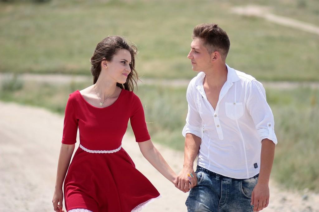 Почему тянет к мужчине: 5 причин притяжения
