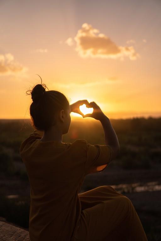 Что делать, если влюбилась в друга: советы по признанию в чувствах
