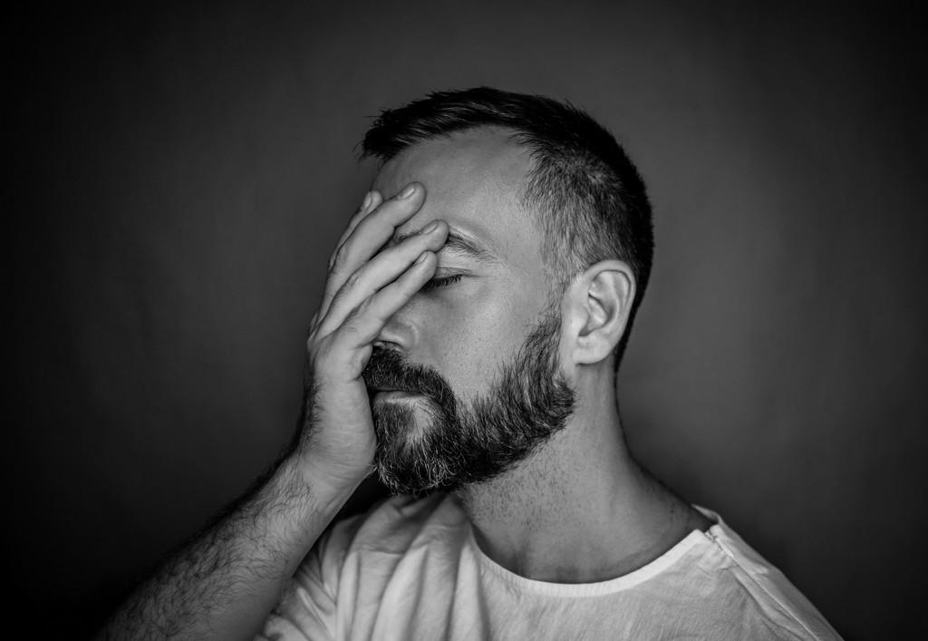 Муж перестал обращать внимание на меня: возможные причины и пути их решения