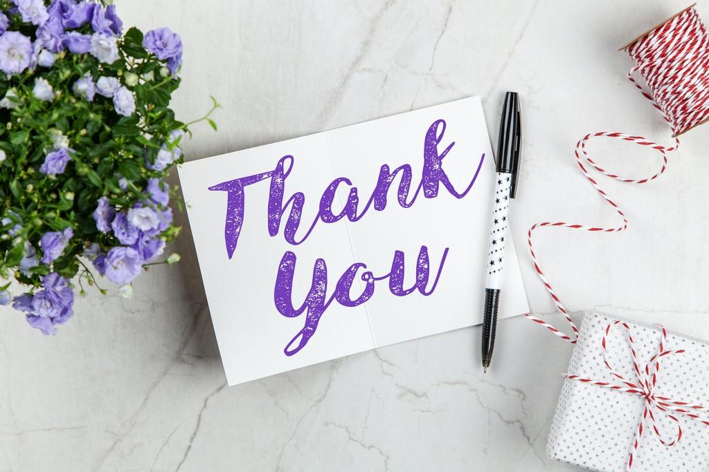 Как отвечать на комплименты: перечень правильной благодарности