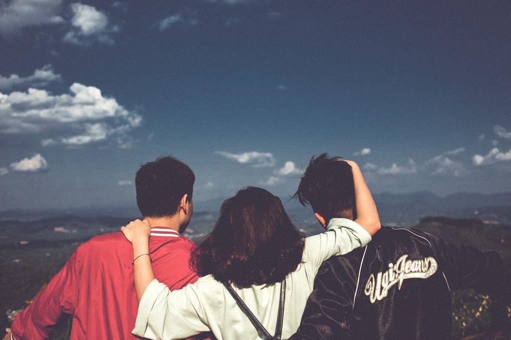 Существует ли дружба между мужчиной и женщиной: плюсы и минусы
