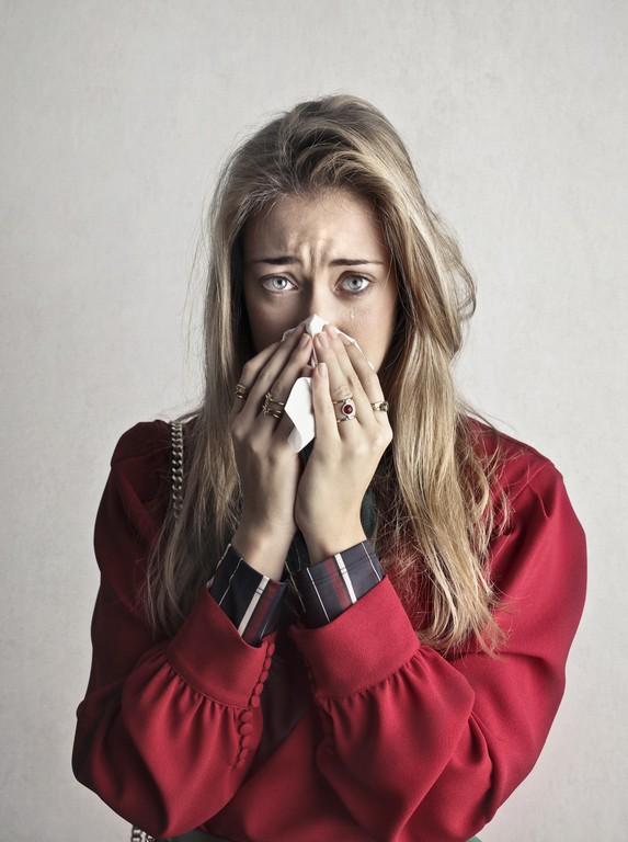 Почему без причины хочется плакать: основные причины и их воздействие