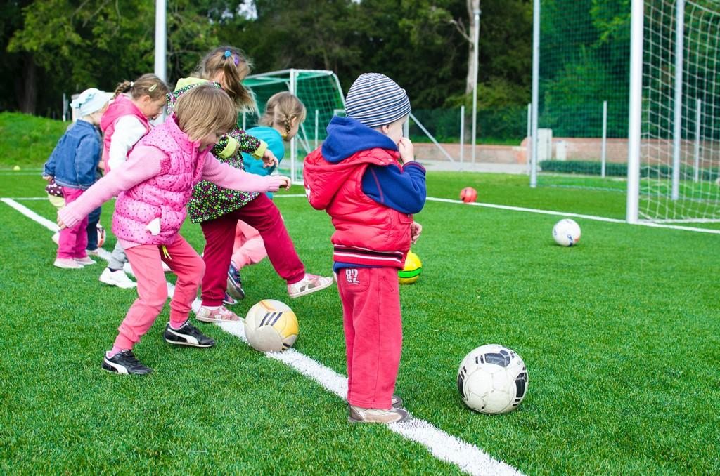 Младший дошкольный возраст: особенности и проявление у ребенка
