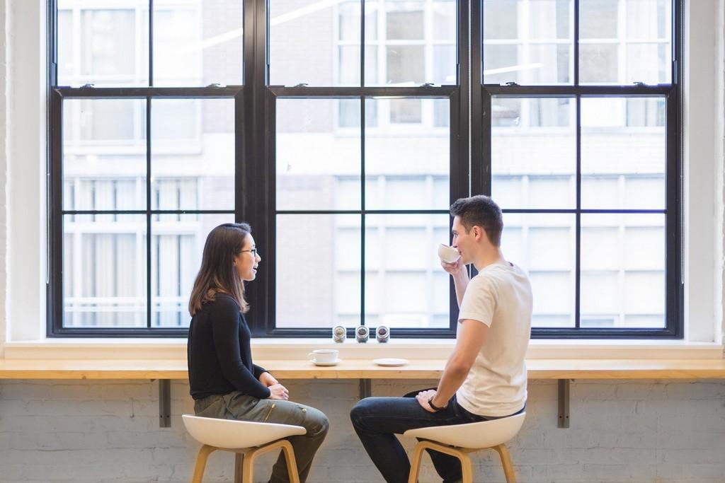 Как общаться с парнем: подробное обучение
