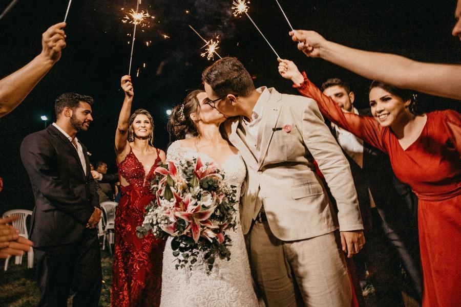 Свадьбы 2 года: бумажная свадьба и оригинальные подарки