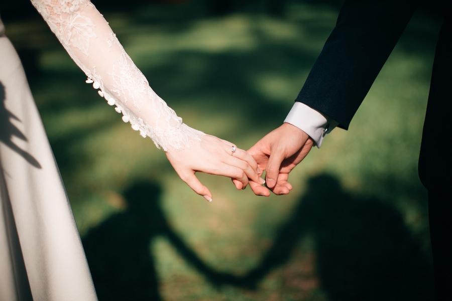 11 лет свадьбы: стальная свадьба и возможные варианты подарков