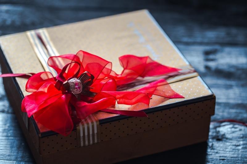 Какая свадьба три года: кожаная свадьба и варианты подарков