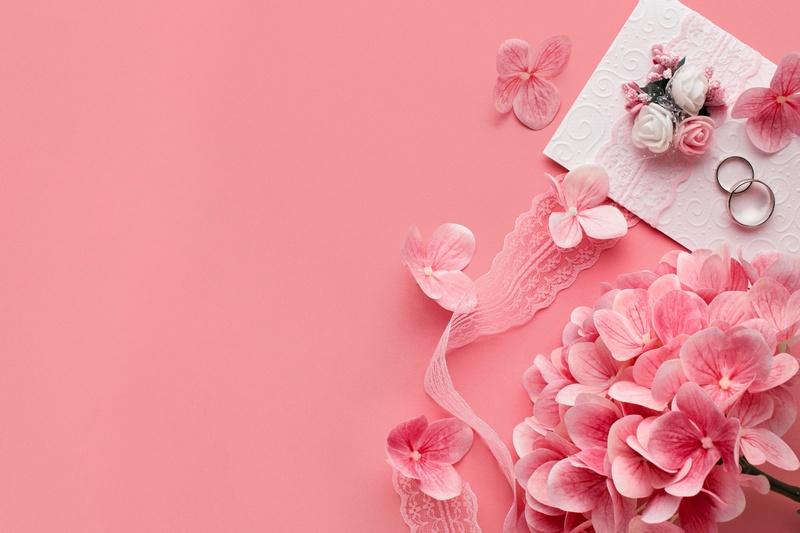 16 лет свадьбы: топазовая свадьба и варианты подарков