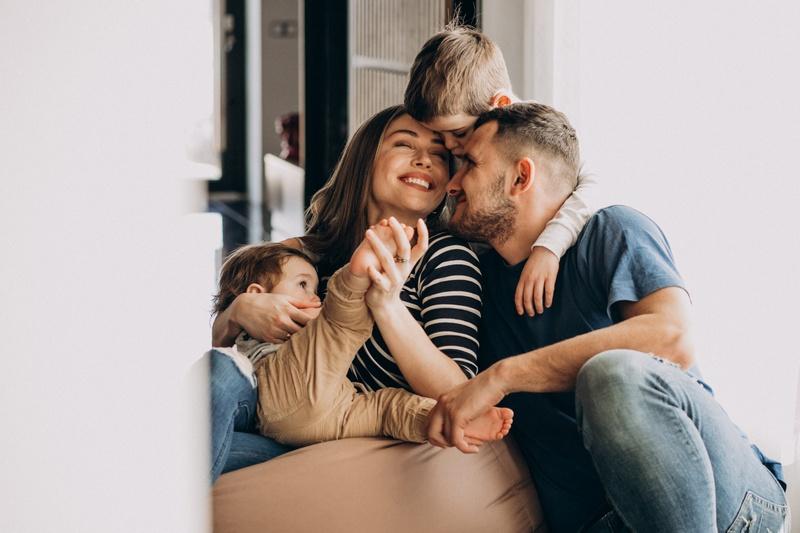 Признаки партнерской семьи: идеальная форма отношений?