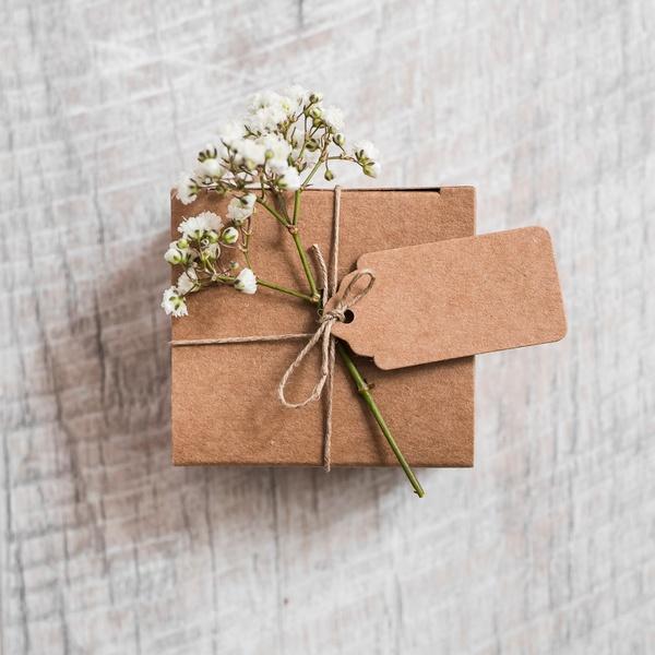 Свадьба 35 лет - какая свадьба и какие на нее дарят подарки