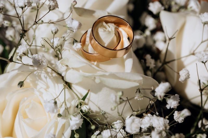 42 года свадьбы: перламутровая свадьба и выбор подарков